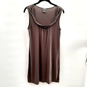 Ann Taylor super soft gray dress in size small.